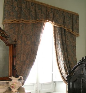 Dry Cleaning Curtains, Kent